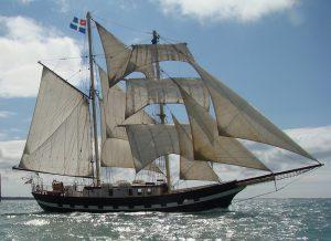 Ship - Sail Run Adventure