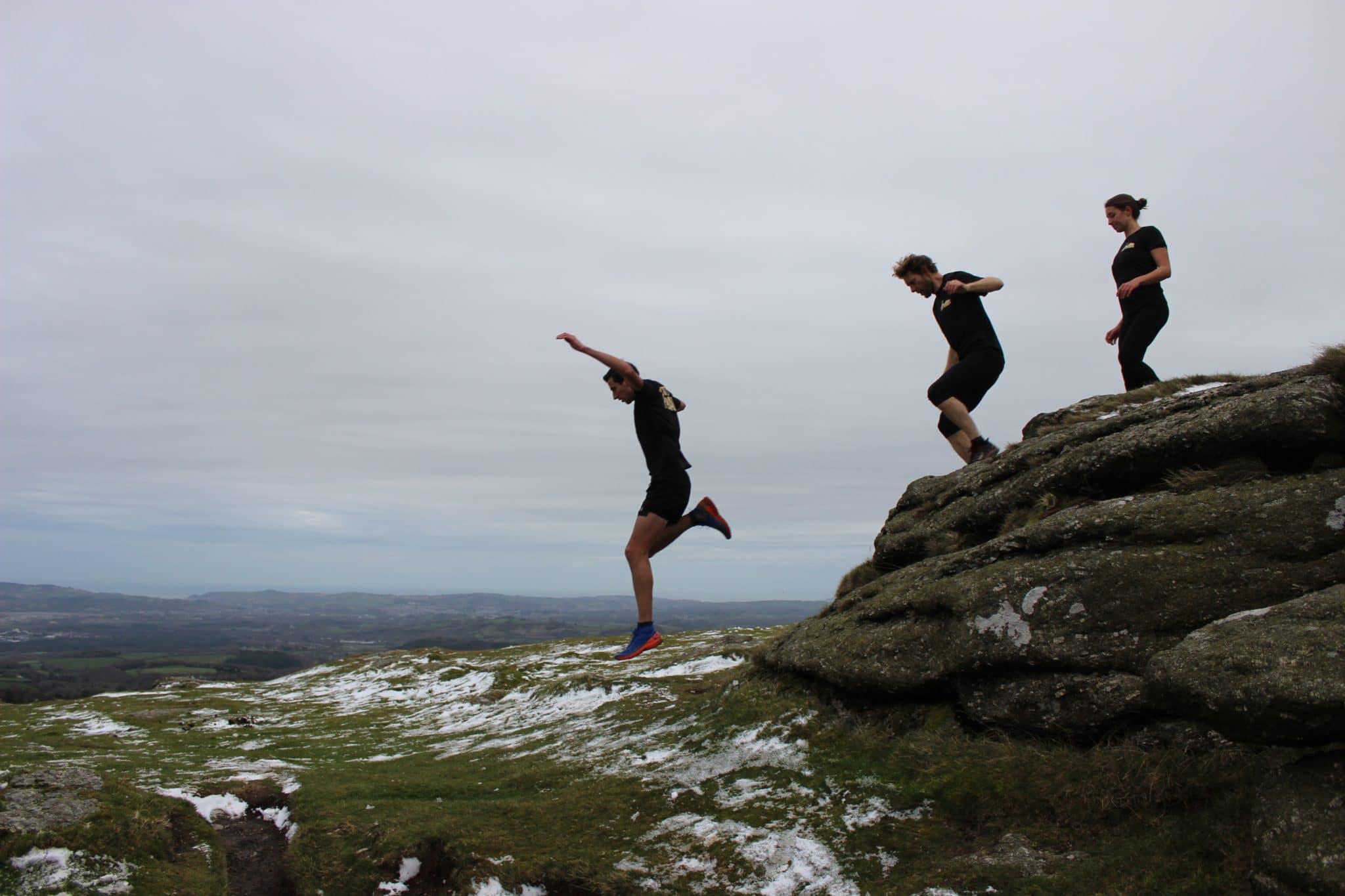 Wild Running technical tshirts group